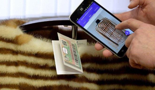 Новосибирец немог рассчитаться сдолгами поЖКХ из-за обещания купить шубу девушке