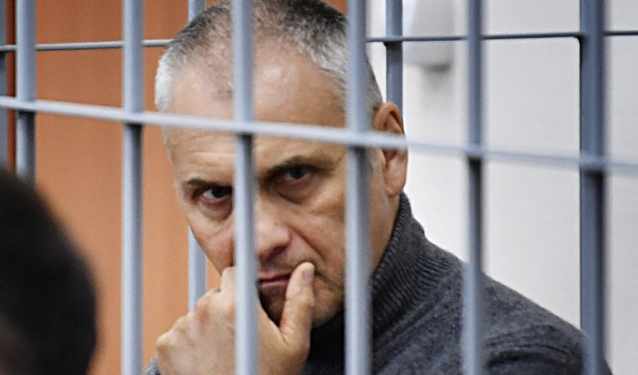 Экс-губернатора Сахалина приговорили к13годам колонии завзятки