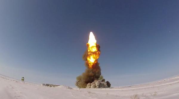 Российские военные испытали новую ракету системы ПРО
