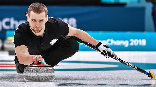 Российские кёрлингисты завоевали первую вистории олимпийскую медаль