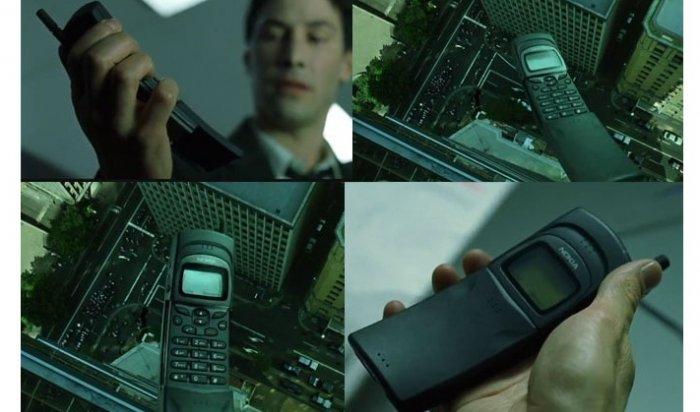 Nokia возобновит продажи телефона из«Матрицы»