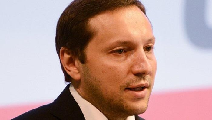 Украинский министр упал вобморок после оскорблений вадрес России (Видео)