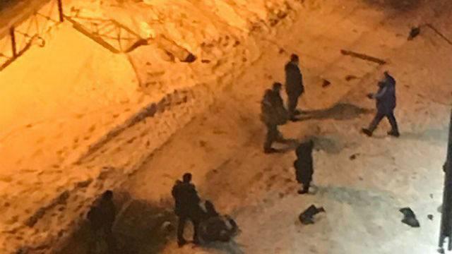 В Петербурге очевидцы избили водителя, наехавшего на ребенка
