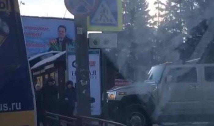 Водителя Hummer наказали запроезд потротуару уостановки «Райсовет» вИркутске