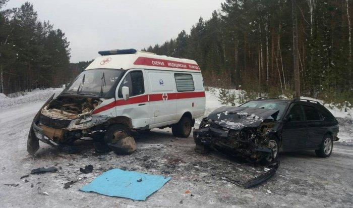 ВКиренском районе произошла авария сучастием машины скорой помощи