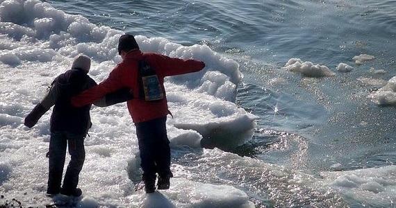 9-летний иркутянин спас друга, упавшего вАнгару