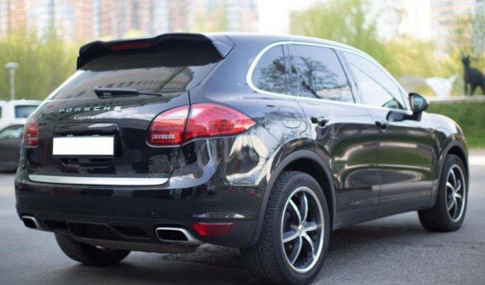 В Иркутске у совладелицы ресторана арестовали Porsche Cayenne за долги