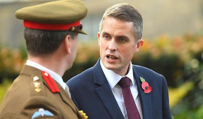 Министр обороны Великобритании посоветовал России «заткнуться»