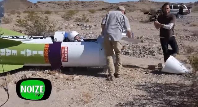 Американец  взлетел всамодельной ракете, желая доказать, что Земля плоская