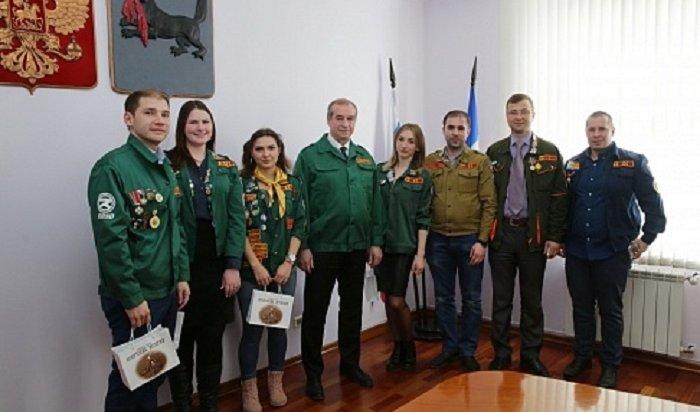 Студенты попросили угубернатора Приангарья помощи ворганизации тимуровских отрядов