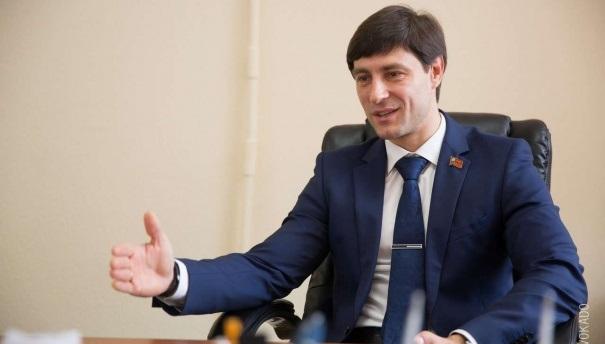 Председатель кемеровского парламента уйдет вотставку ради Тулеева