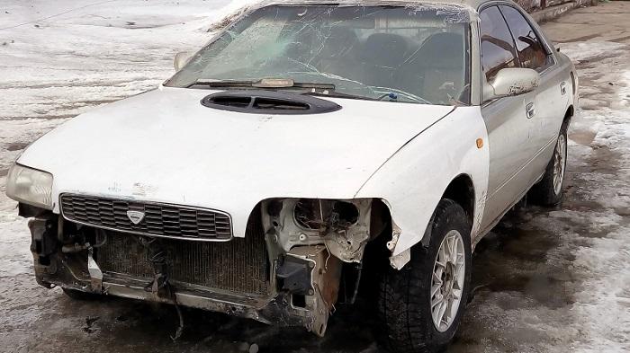 ВБодайбо полицейские задержали 15-летнего школьника зарулем Nissan Bluebird без номеров