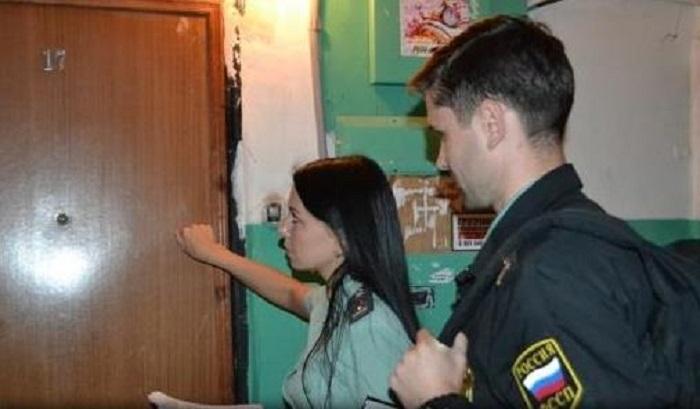 Жителя Братска, лишенного родительских прав, принудительно выселили изквартиры его сына
