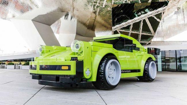 Специалисты Porsche собрали спорткар 911Turbo изLego