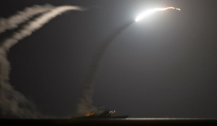 Две «умные» ракеты Трампа направлены из Сирии в Россию