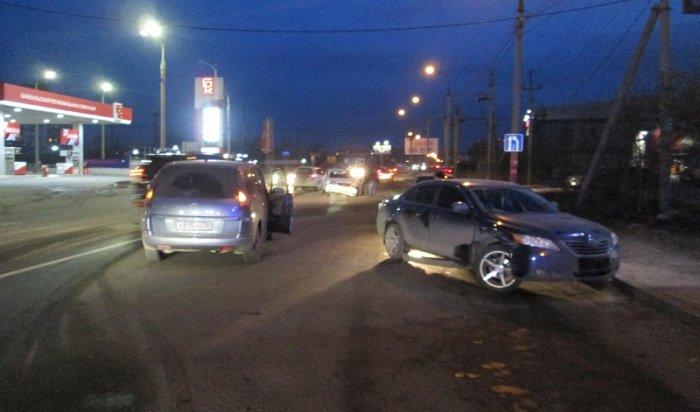 ВИркутске дебошир устроил двойную аварию искрылся сместа ДТП (Видео)
