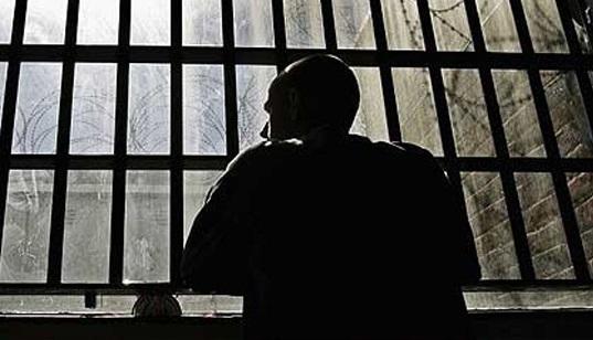 Заключенный задушил сокамерника вколонии вИркутске
