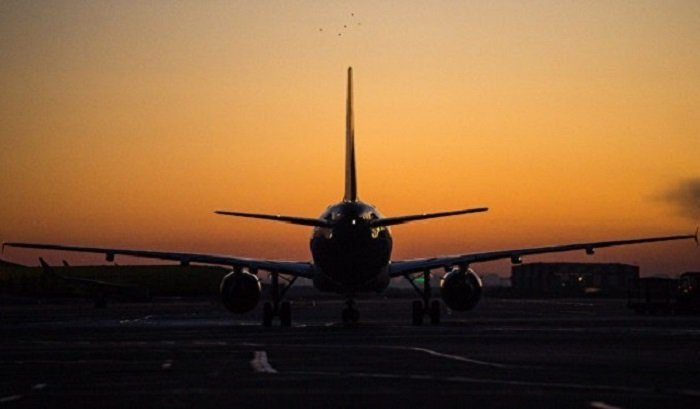 Самолет Москва— Иркутск совершил вынужденную посадку вНовосибирске 20апреля
