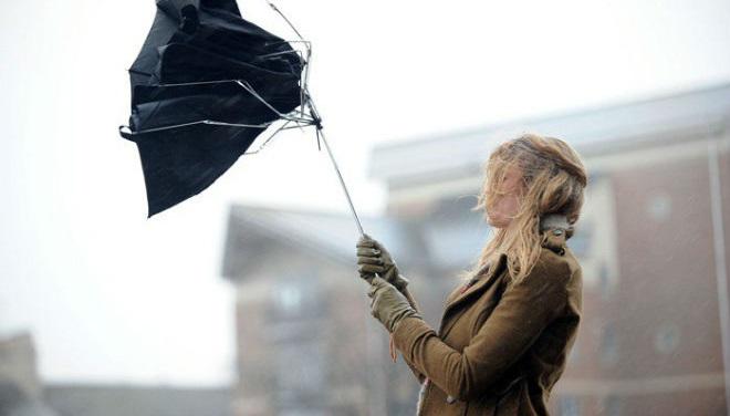 Ветер до 25 метров в секунду ожидается сегодня в Приангарье