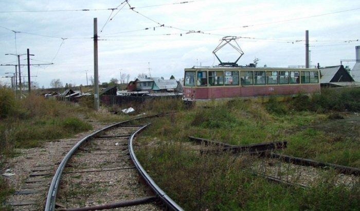 ВАнгарске под трамвай попала 45-летняя женщина