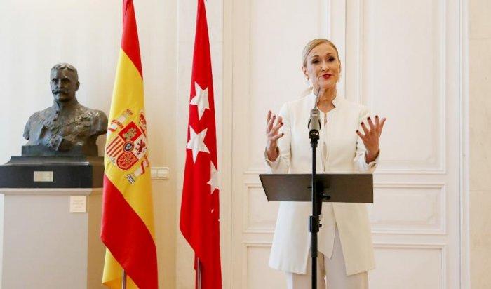 Глава Мадрида уйдет споста из-за обвинений вкраже крема измагазина
