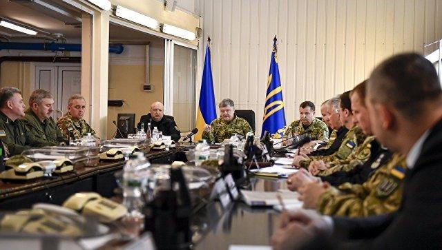 Порошенко объявил о начале операции объединённых сил в Донбассе