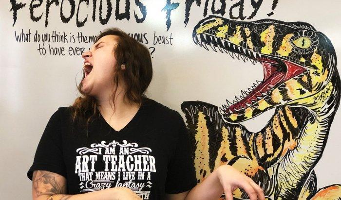 В США учительница, рисующая на доске шедевры, стала звездой Instagram