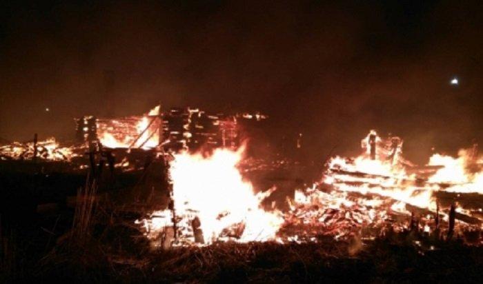 ВЗиме произошел крупный пожар налесоперерабатывающем предприятии