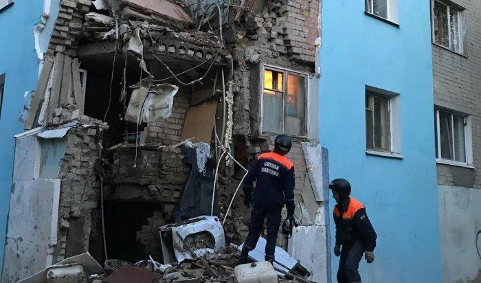 В общежитии в Саратове обрушилась стена