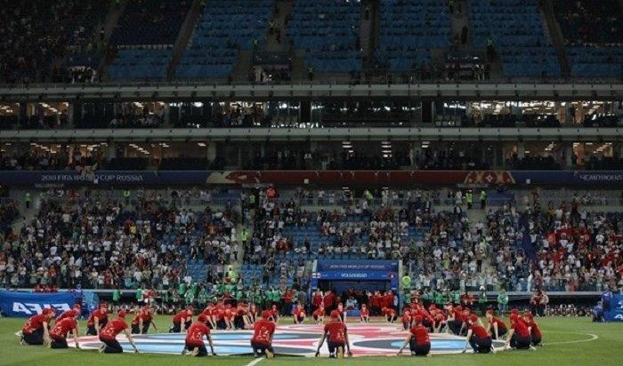 Мальчика изприюта Камышина лишили права вывести футболистов сборных Англии иТуниса настадион