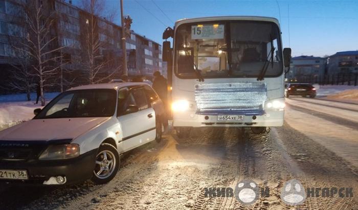 ВАнгарске перевозчик выплатил 70тысяч рублей школьнику, зажатому вдверях автобуса