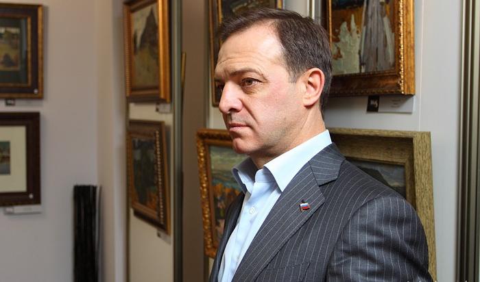 Бизнесмену изИркутска Олегу Геевскому продлили домашний арест до8октября