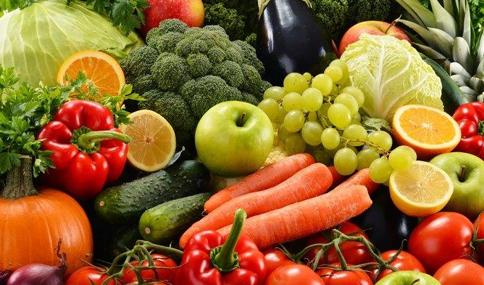 Специалисты проверили фрукты иовощи вИркутской области