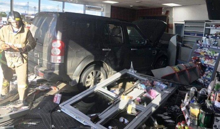 ДТП свъехавшим вминимаркет АЗС водителем Land Rover получило продолжение вАнгарске