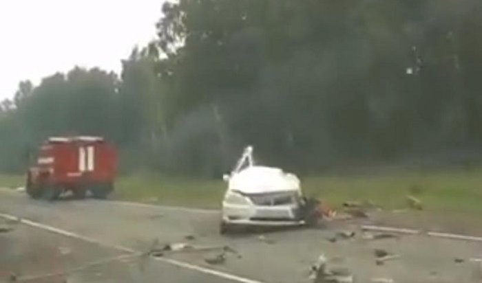 ВНижнеудинском районе автомобиль Toyota Premio столкнулся сгрузовиком: погибла пассажирка легковушки (Видео)