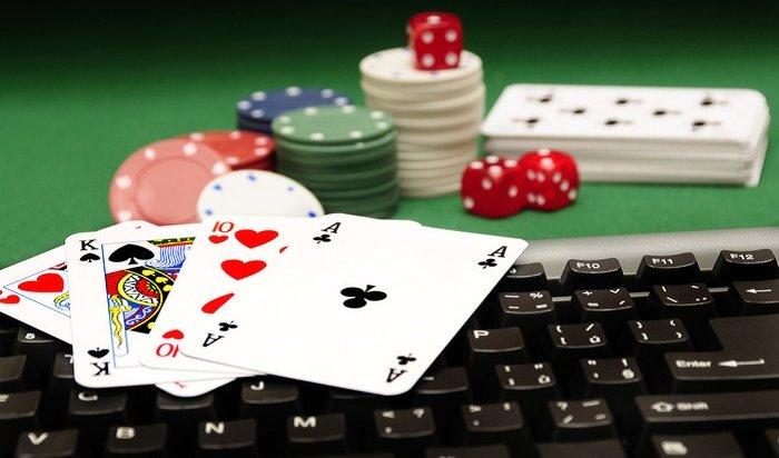 Поставил свободу накарту: ангарчанин украл деньги, чтобы сыграть впокер