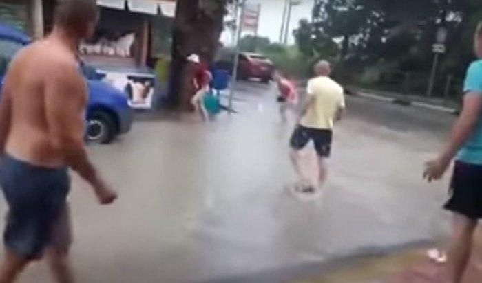 ВСочи погиб ребенок, упавший вливневую канализацию (Видео)