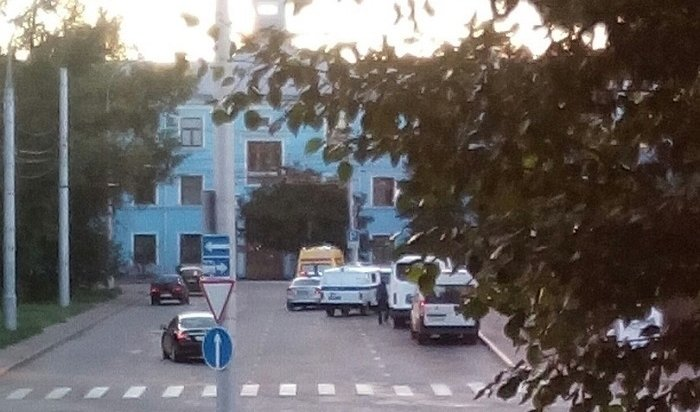Конфликт между таксистом ипассажиром произошел уаэропорта вИркутске