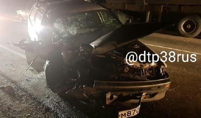 ВЧеремховском районе вДТП пострадал 70-летний водитель автомобиля Toyota Corolla