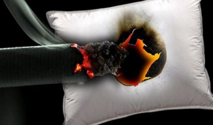 Три человека, куривших впостели, погибли напожарах вПриангарье 12августа
