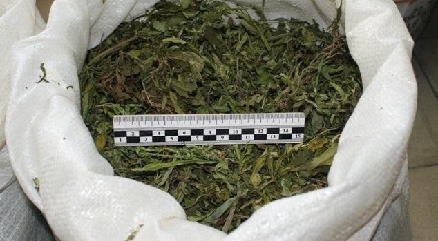Полицейские задержали жителя Усолья спакетом марихуаны