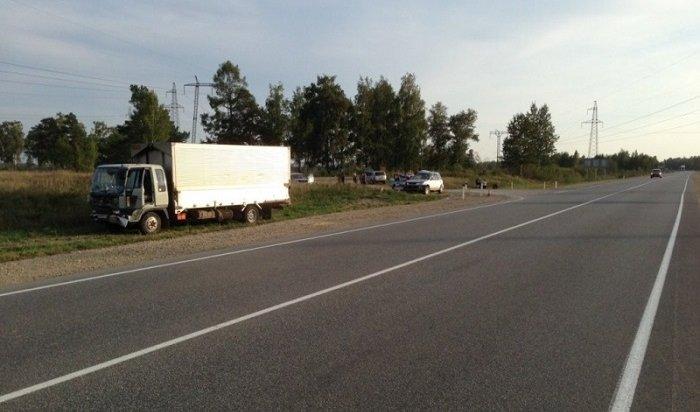 Кроссовер столкнулся с фургоном вУсольском районе, шофёр умер