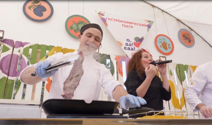 Профессиональные шеф-повара научили готовить журналистов изИркутска