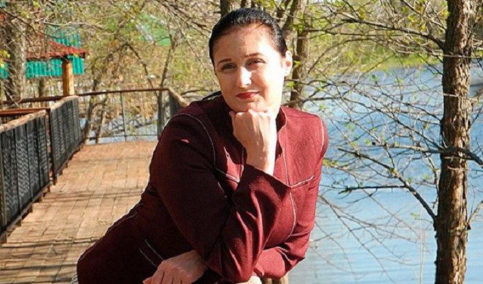 Против жительницы Саратова возбудили уголовное дело запесенки в Youtube (Видео)