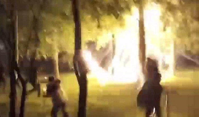 Жители Южного Бутово испугались фейерверка, больше похожего набомбежку (Видео)