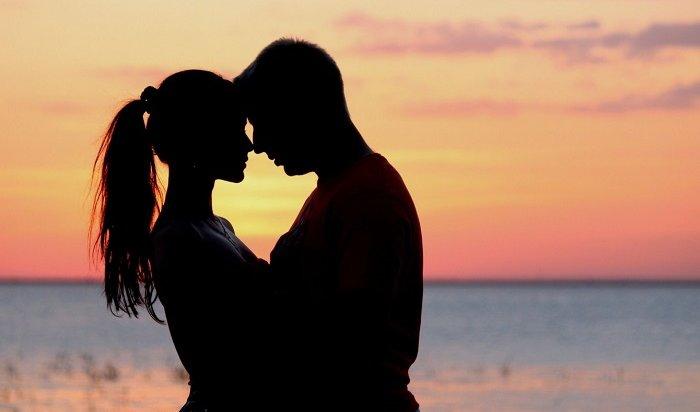 ВРоссии оказалось больше женатых, чем замужних