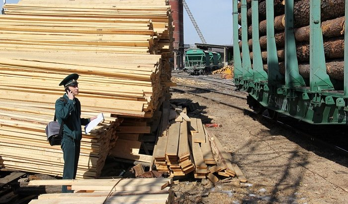 Иркутская таможня возбудила 4уголовных дела наканале экспорта леса илесоматериалов