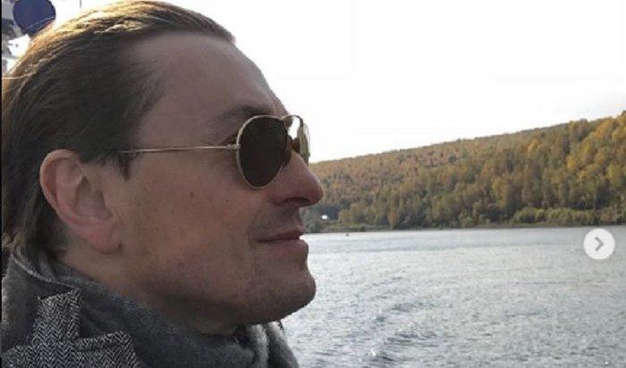 Сергей Безруков посетил Иркутск, где сходил вбаню ивыступил смоноспектаклем