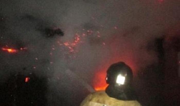 ВБратске пожарные при тушении гаража нашли обгоревший труп