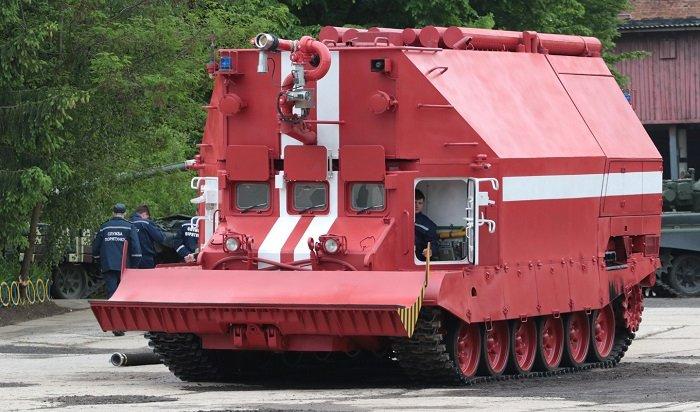 Втушении склада боеприпасов наУкраине будут задействованы пожарные танки